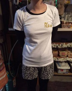 スナック・レーブの名入れTシャツ