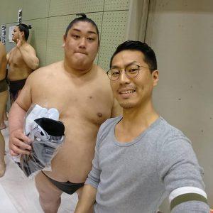 千代栄 栄太さんと白足袋