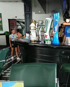 パタヤにある飲食店ロビンフッド